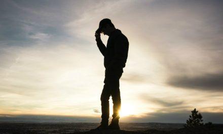КАК АТЕИСТ ВЕРНУЛСЯ В ЦЕРКОВЬ И ОБРЕЛ МИР, НЕСМОТРЯ НА СОМНЕНИЯ